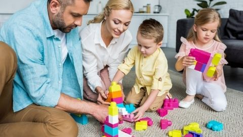 A Little Play Goes a Long Way: The Importance of Playing with Your Child |  USU