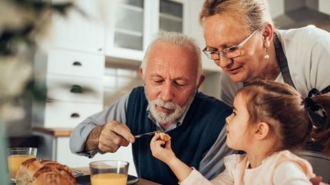 Cultivating a Close Relationship with Grandparents